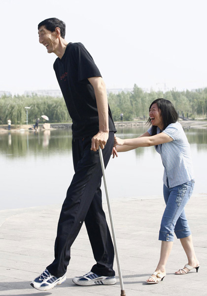 worlds-tallest-man