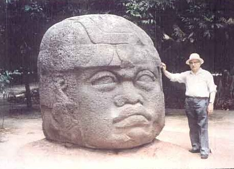 Zechariah Stitchin and an Olmec Head